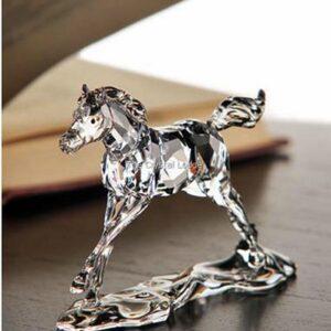 Swarovski_2014_companion_to_annual_edition_foal_5004729   The Crystal Lodge